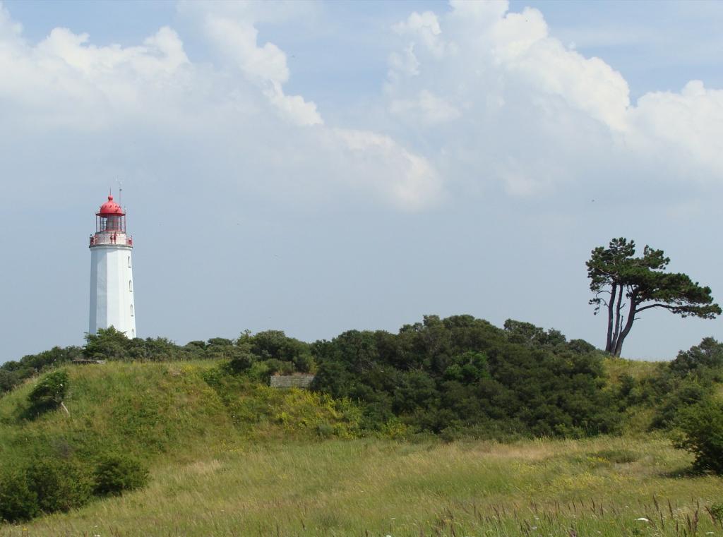Rügen Sehenswürdigkeiten - Der Leuchtturm auf der Insel Hiddensee.